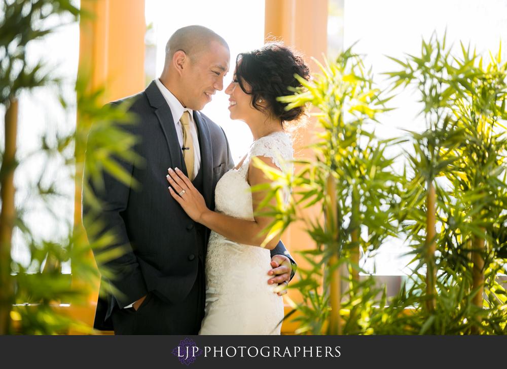 29-seven-degrees-laguna-beach-wedding-photographer-wedding-party-couple-session-photos