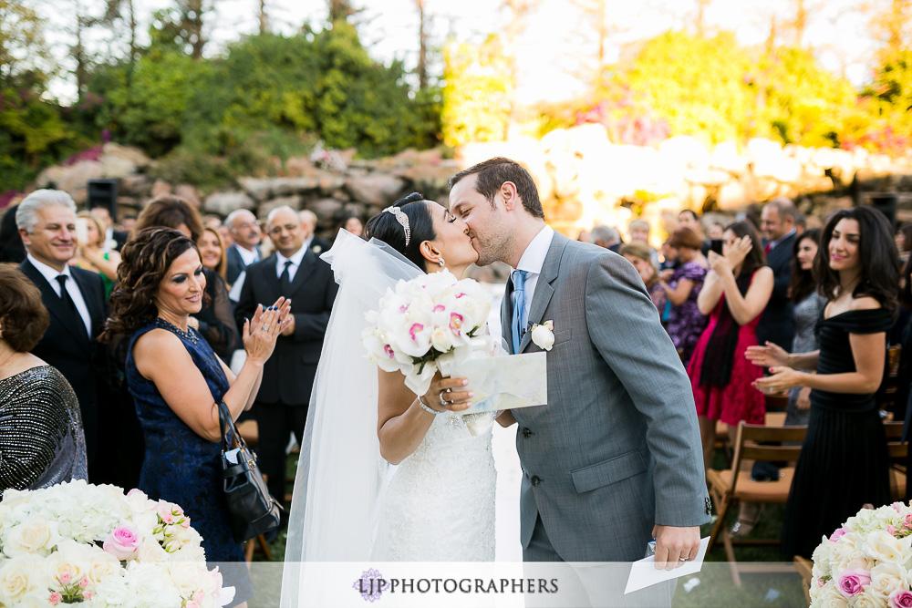 34-four-seasons-hotel-westlake-village-wedding-photographer-persian-ceremony-photos