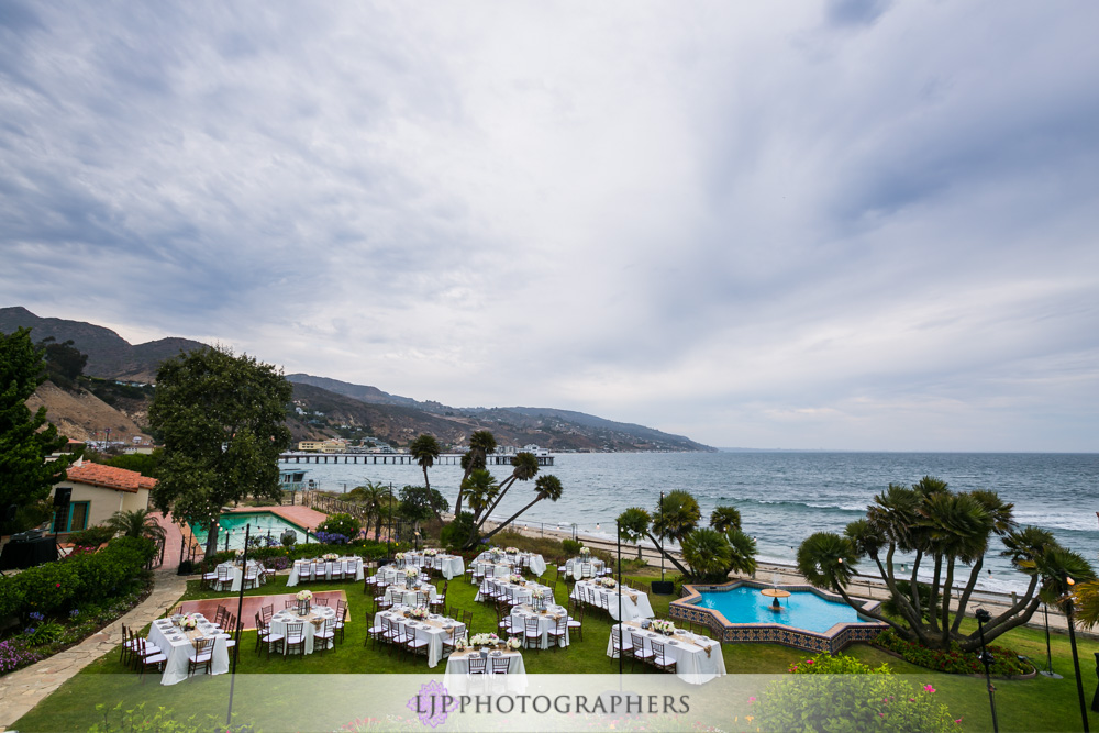 35-adamson-house-malibu-wedding-photographer-wedding-reception-photos