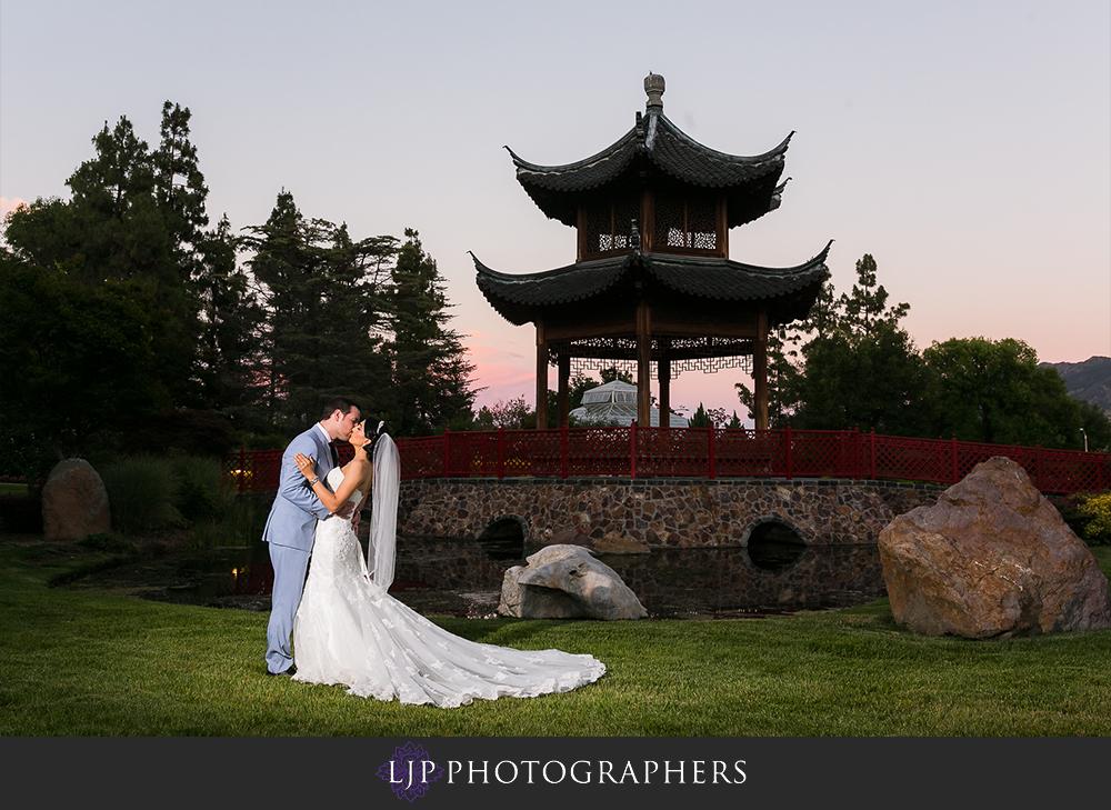 38-four-seasons-hotel-westlake-village-wedding-photographer-wedding-reception-photos