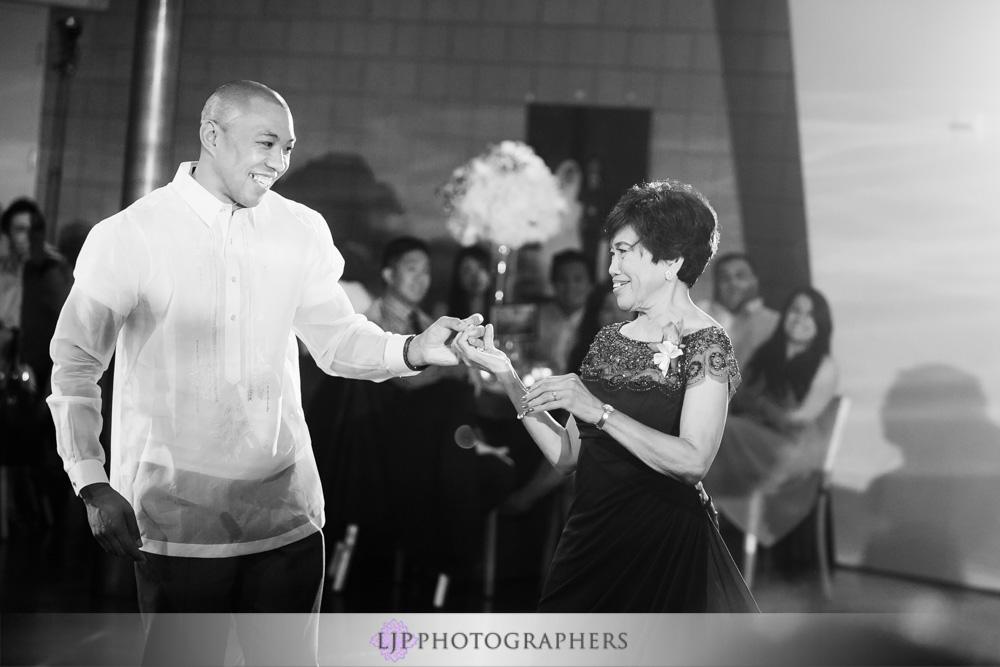 41-seven-degrees-laguna-beach-wedding-photographer-wedding-reception-photos