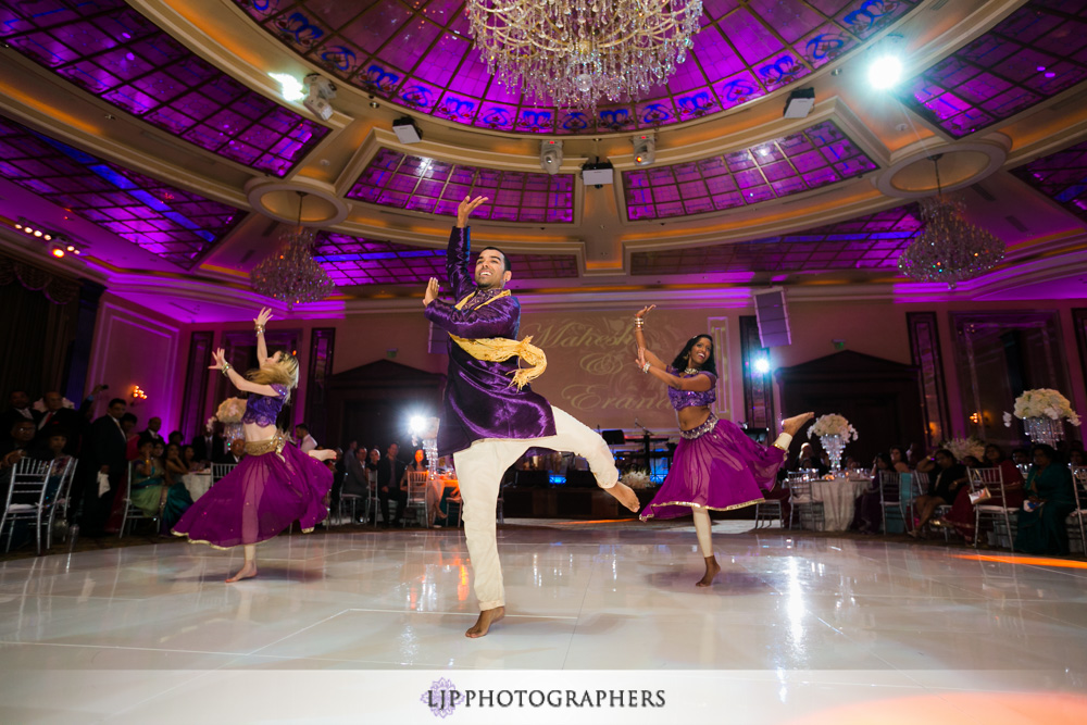 41-taglyan-complex-wedding-photographer-wedding-reception-photos