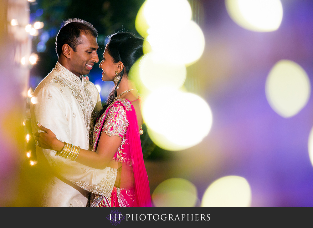 51-taglyan-complex-wedding-photographer-wedding-reception-photos