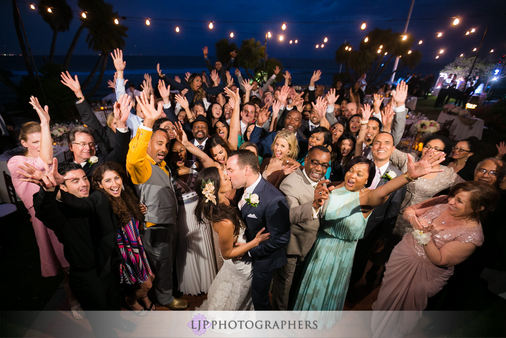60-adamson-house-malibu-wedding-photographer-wedding-reception-photos