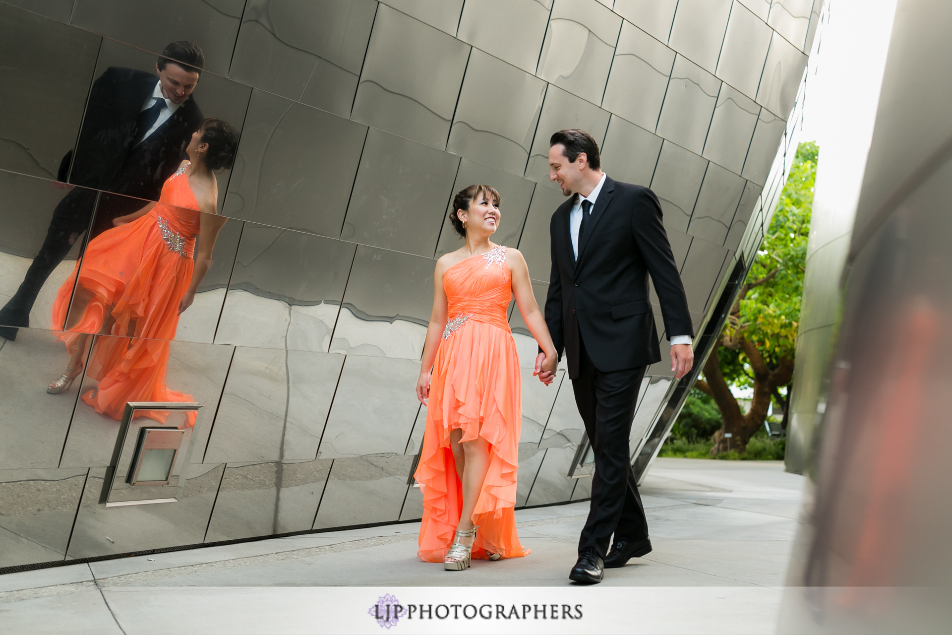 02-downtown-los-angeles-engagement-photographer