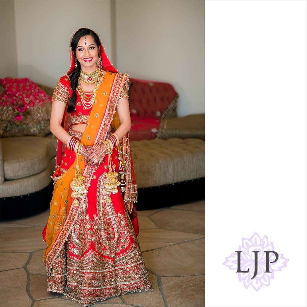 04-santiago-canyon-mansion-indian-wedding-photographer-getting-ready-photos