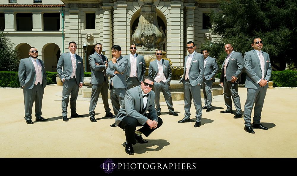 08-la-banquets-glenoaks-ballroom-wedding-photographer-getting-ready-photos