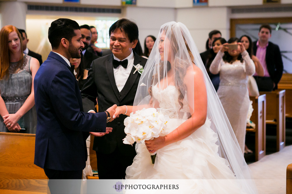 08-the-ritz-carlton-marina-del-rey-indian-filipino-wedding-photographer-wedding-ceremony-photos