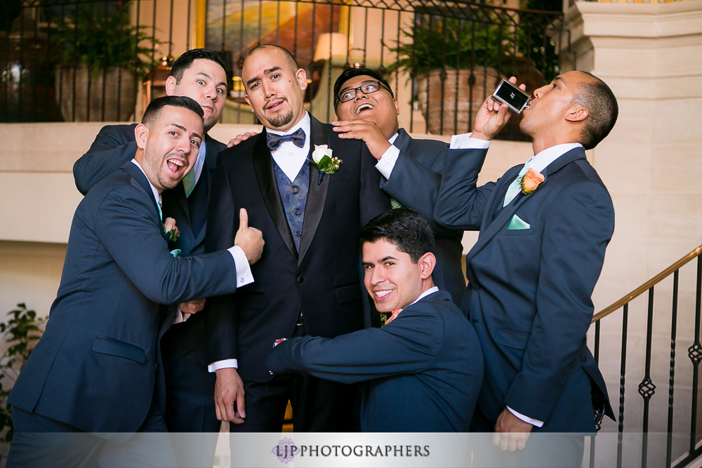 09-casa-del-mar-santa-monica-wedding-photographer-getting-ready-photos