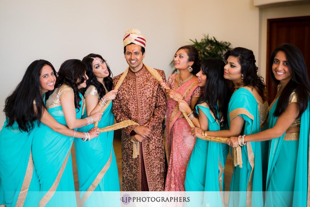 10-santiago-canyon-mansion-indian-wedding-photographer-getting-ready-photos