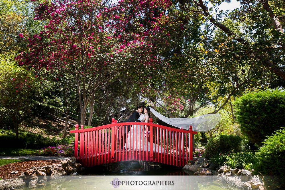 11-the-langham-huntington-pasadena-wedding-photographer-couple-session-photos