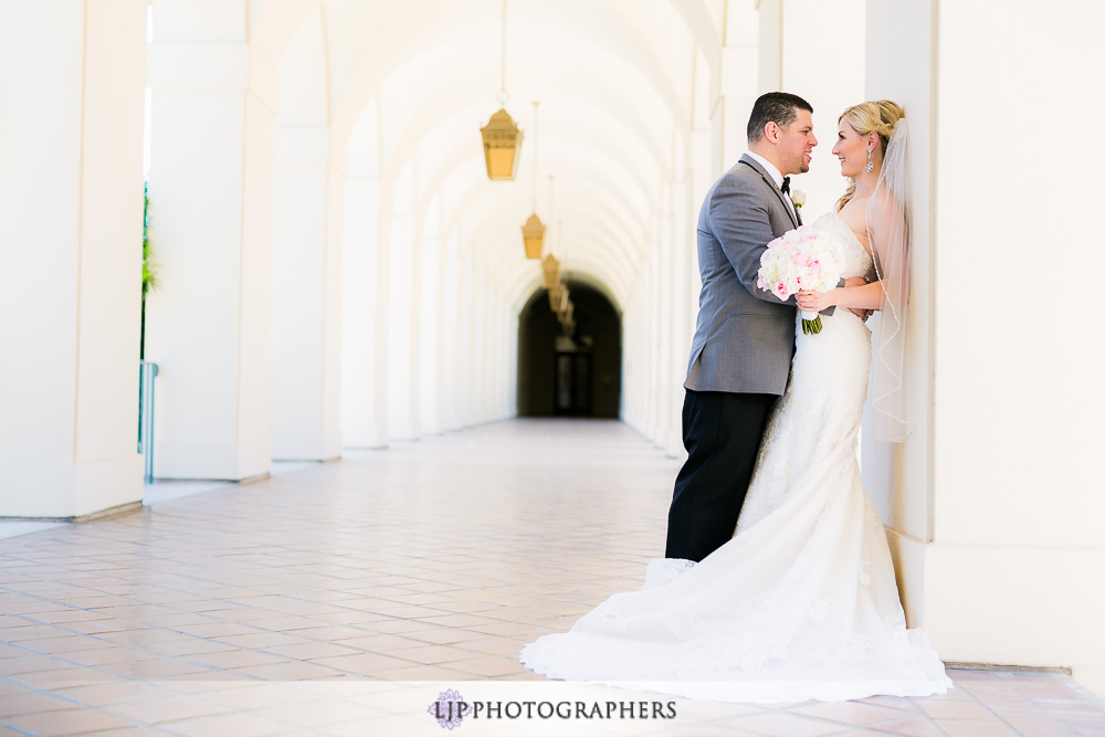 13-la-banquets-glenoaks-ballroom-wedding-photographer-first-look-wedding-party-couple-session-photos