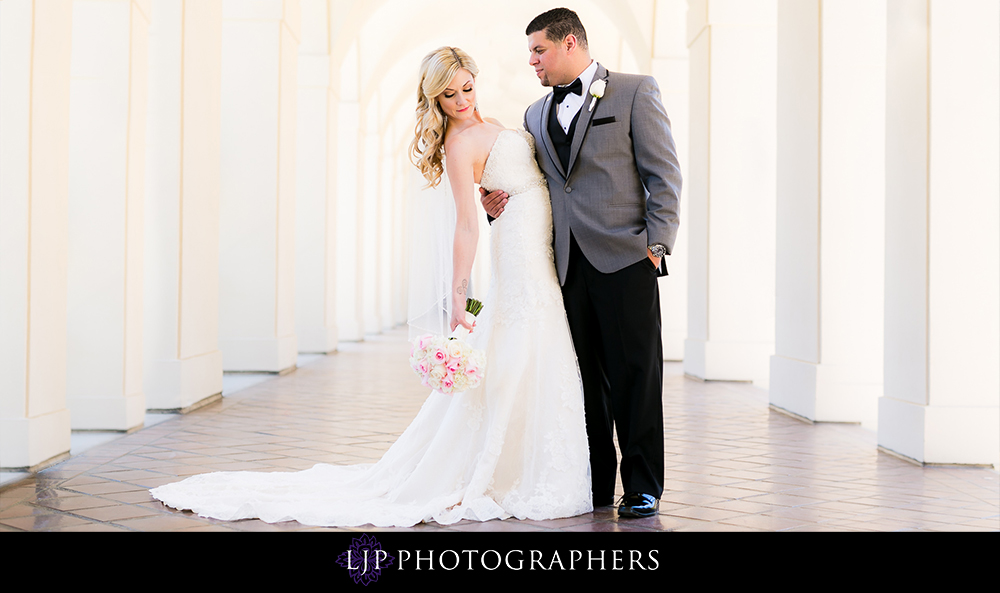 14-la-banquets-glenoaks-ballroom-wedding-photographer-first-look-wedding-party-couple-session-photos