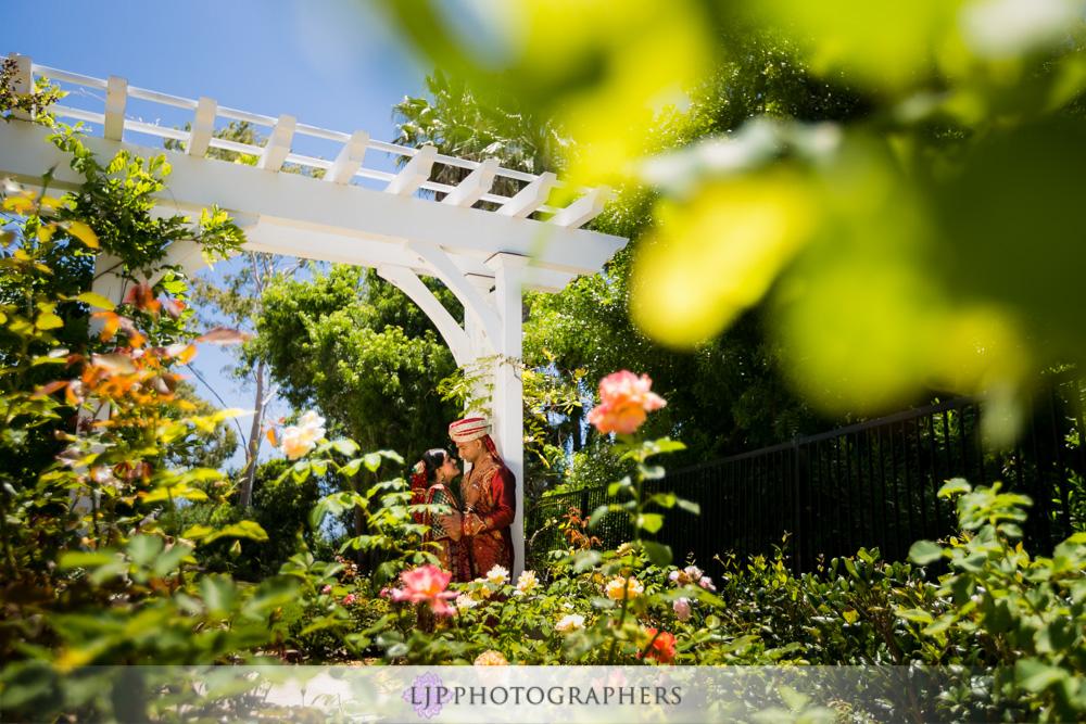 14-newport-beach-marriott-hotel-indian-wedding-photographer-couple-session-photos