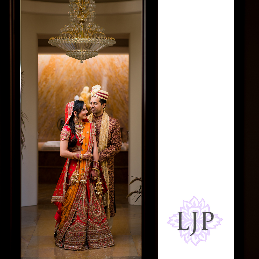 14-santiago-canyon-mansion-indian-wedding-photographer-first-look-couple-session-photos
