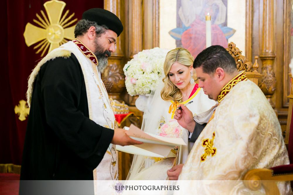21-la-banquets-glenoaks-ballroom-wedding-photographer-wedding-ceremony-photos