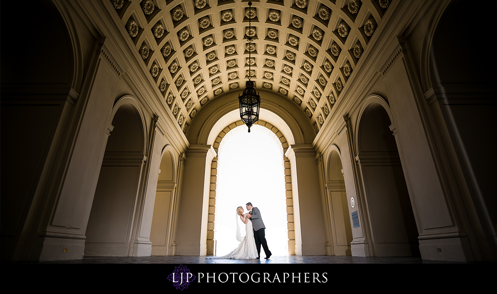 23-la-banquets-glenoaks-ballroom-wedding-photographer-wedding-ceremony-photos