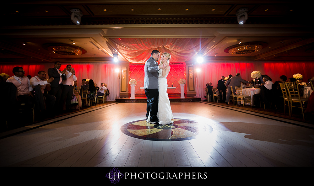 30-la-banquets-glenoaks-ballroom-wedding-photographer-wedding-reception-photos