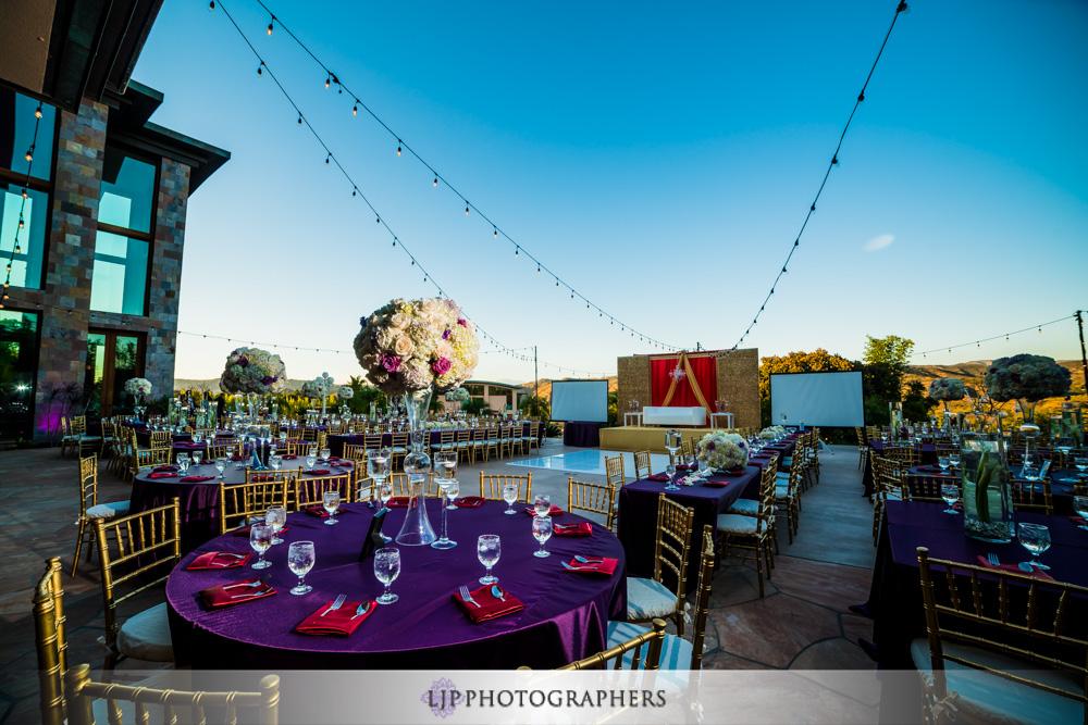 33-santiago-canyon-mansion-indian-wedding-photographer-baraat-wedding-reception-photos
