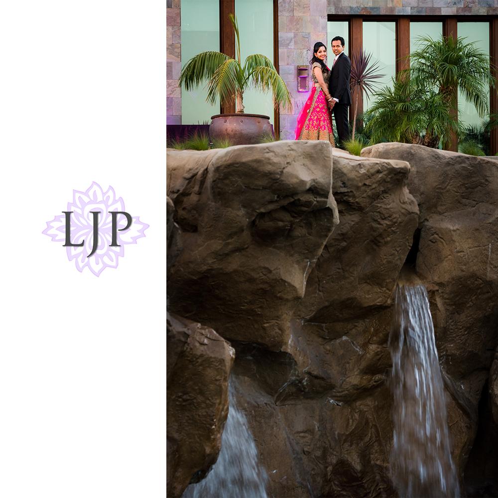 36-santiago-canyon-mansion-indian-wedding-photographer-baraat-wedding-reception-photos