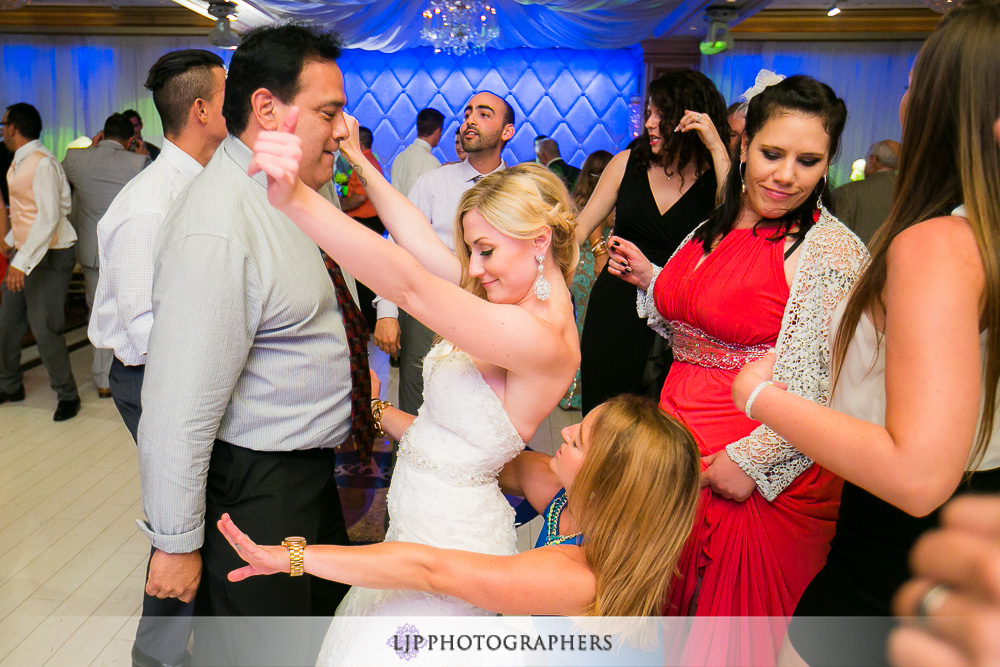 37-la-banquets-glenoaks-ballroom-wedding-photographer-wedding-reception-photos