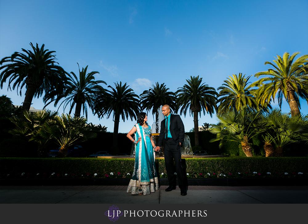 37-newport-beach-marriott-hotel-indian-wedding-photographer-wedding-reception-photos