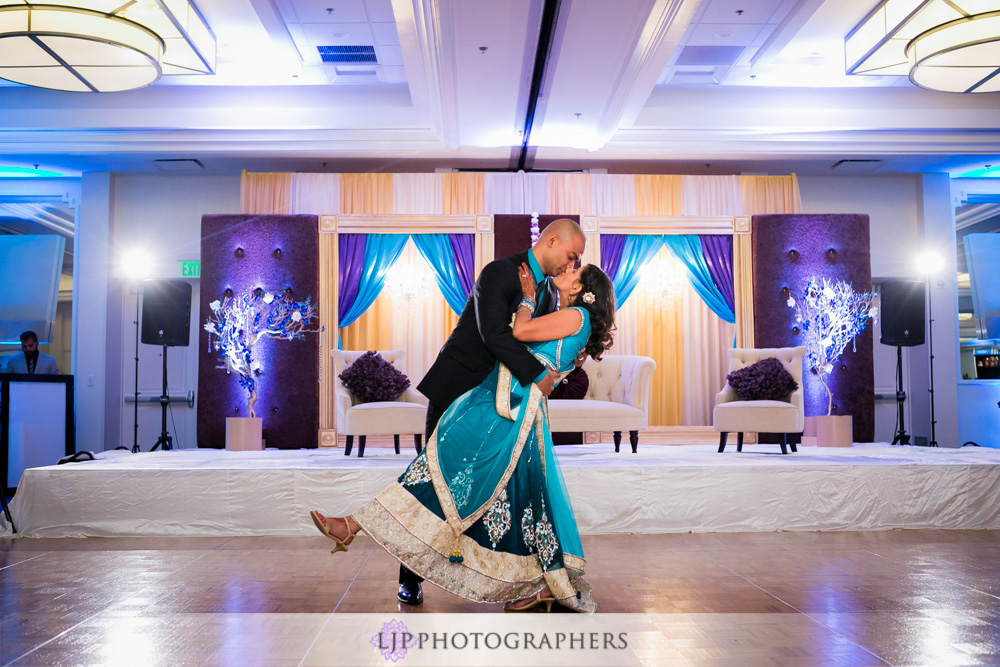 46-newport-beach-marriott-hotel-indian-wedding-photographer-wedding-reception-photos