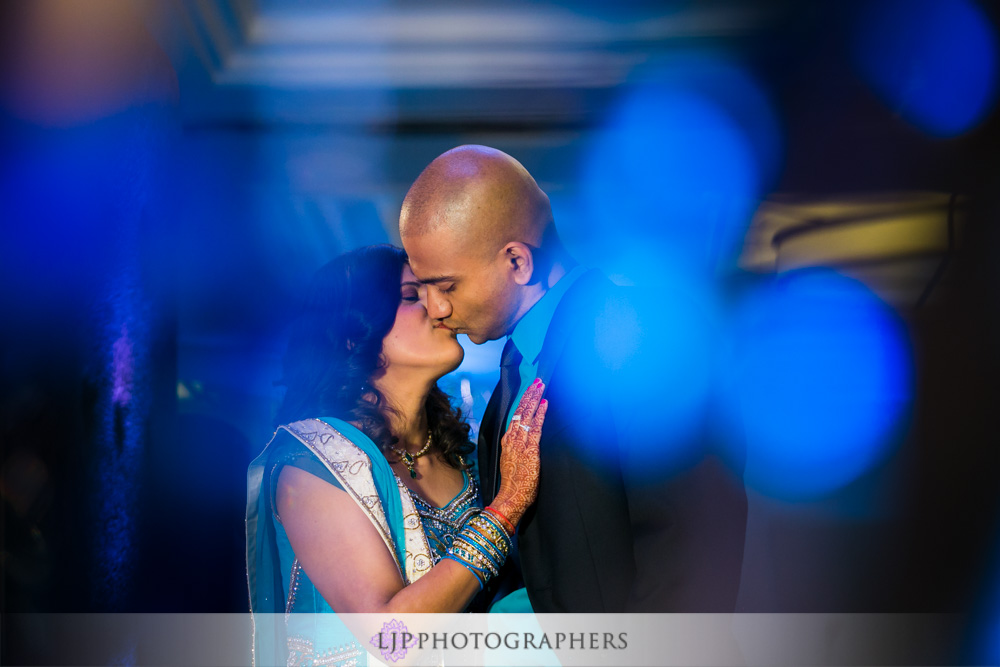 55-newport-beach-marriott-hotel-indian-wedding-photographer-wedding-reception-photos
