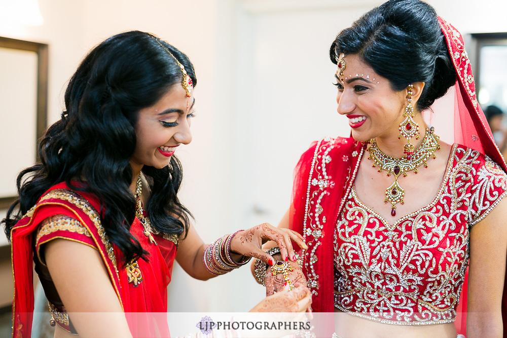 04-los-verdes-golf-course-indian-wedding-photographer-getting-ready-photos
