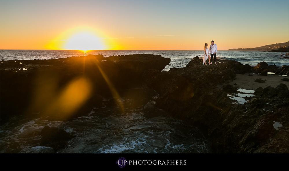 07-Laguna-Beach-Engagement-Photography
