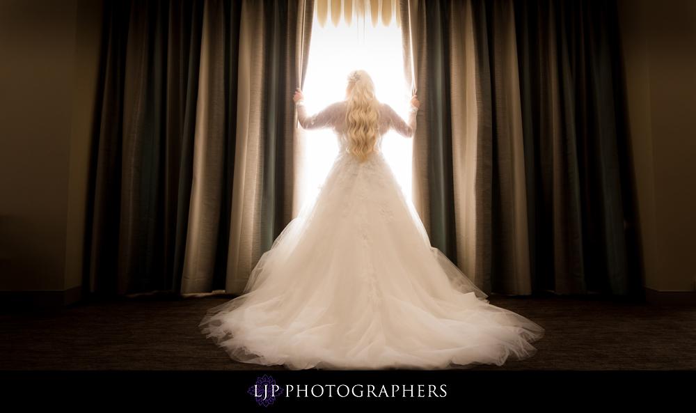 09-The-Center-Club-Costa-Mesa-Wedding-Photography