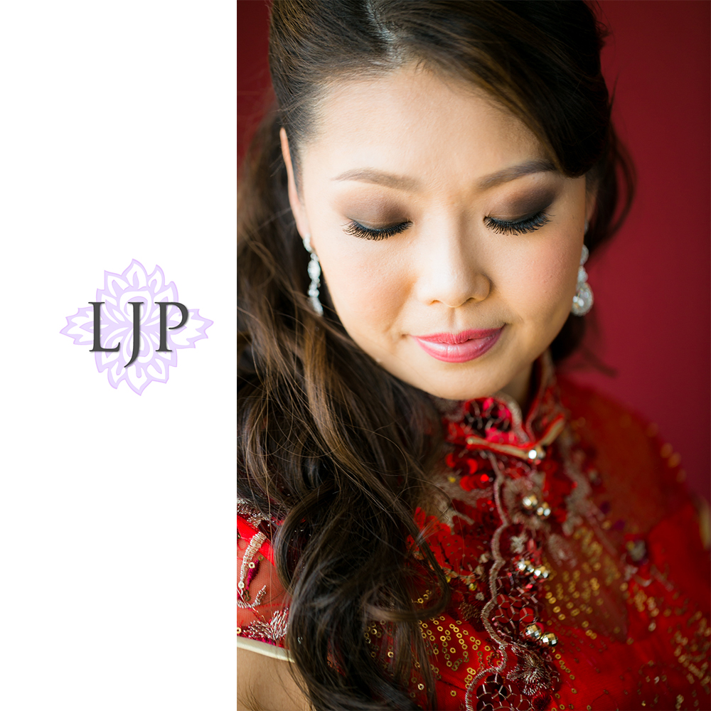 10-coyote-hills-golf-course-wedding-photographer-getting-ready-photos