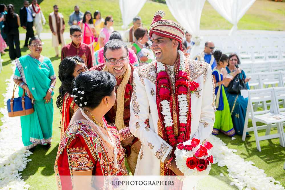 14-los-verdes-golf-course-indian-wedding-photographer-wedding-ceremony-photos