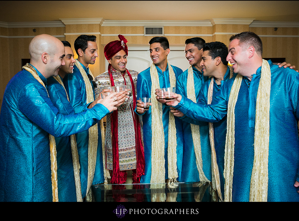 15-Hyatt-Huntington-Beach-Wedding-Prep