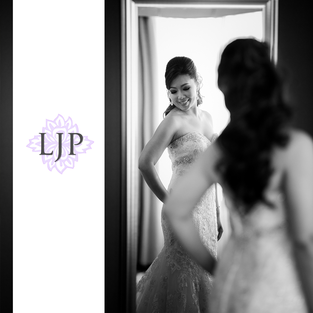 16-coyote-hills-golf-course-wedding-photographer-getting-ready-photos