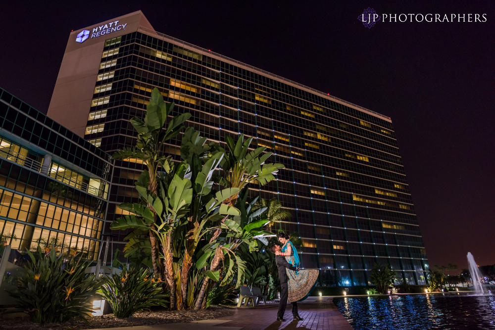 23-Hyatt-Regency-Long-Beach-Wedding-Reception-Photography