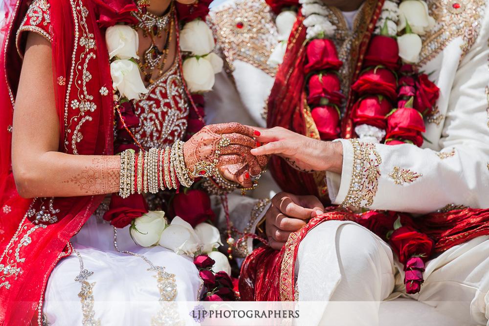 23-los-verdes-golf-course-indian-wedding-photographer-wedding-ceremony-photos