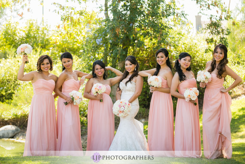 25-coyote-hills-golf-course-wedding-photographer-first-look-wedding-party-photos