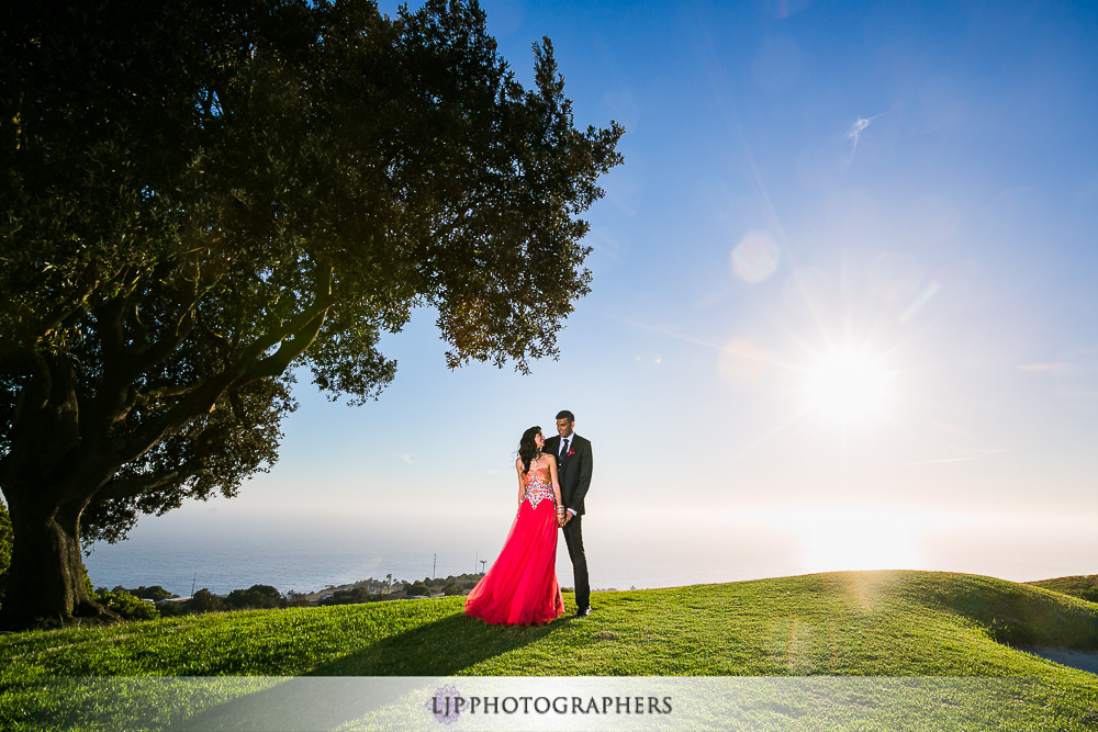 28-los-verdes-golf-course-indian-wedding-photographer-couple-session-photos
