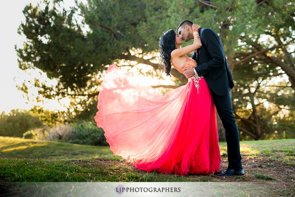 29-los-verdes-golf-course-indian-wedding-photographer-couple-session-photos