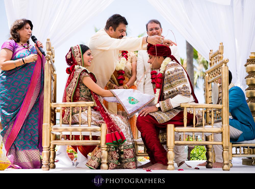 30-Hyatt-Huntington-Beach-Wedding-Photos