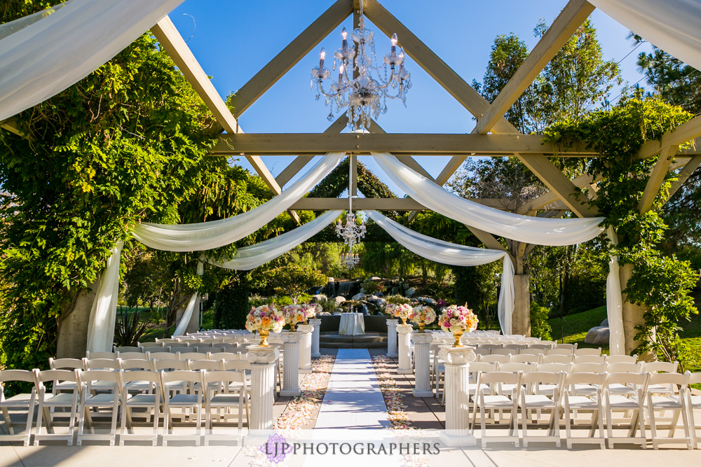 32-coyote-hills-golf-course-wedding-photographer-wedding-ceremony-photos