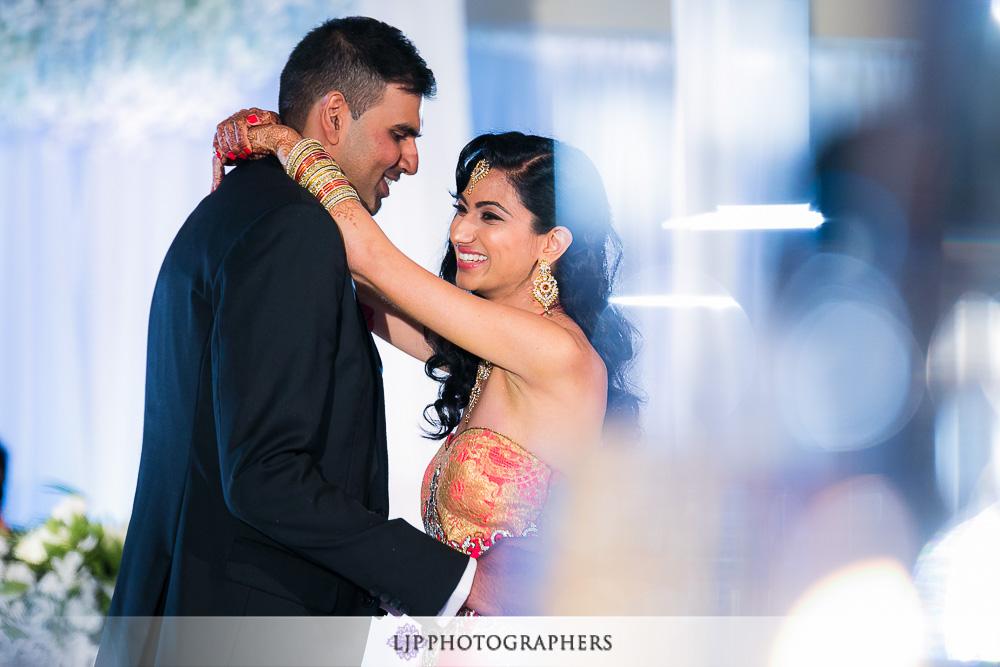 33-los-verdes-golf-course-indian-wedding-photographer-wedding-reception-photos