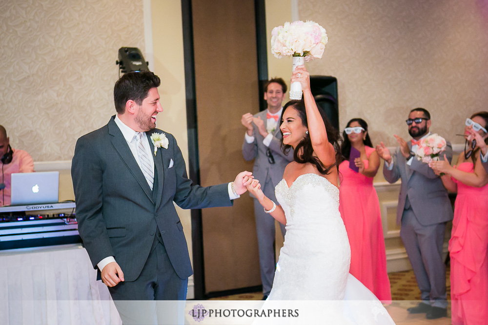 41-hyatt-huntington-beach-wedding