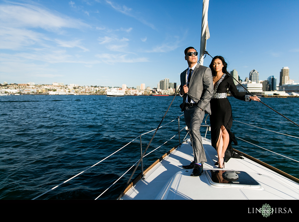 11-downtown-san-diego-engagement-photography