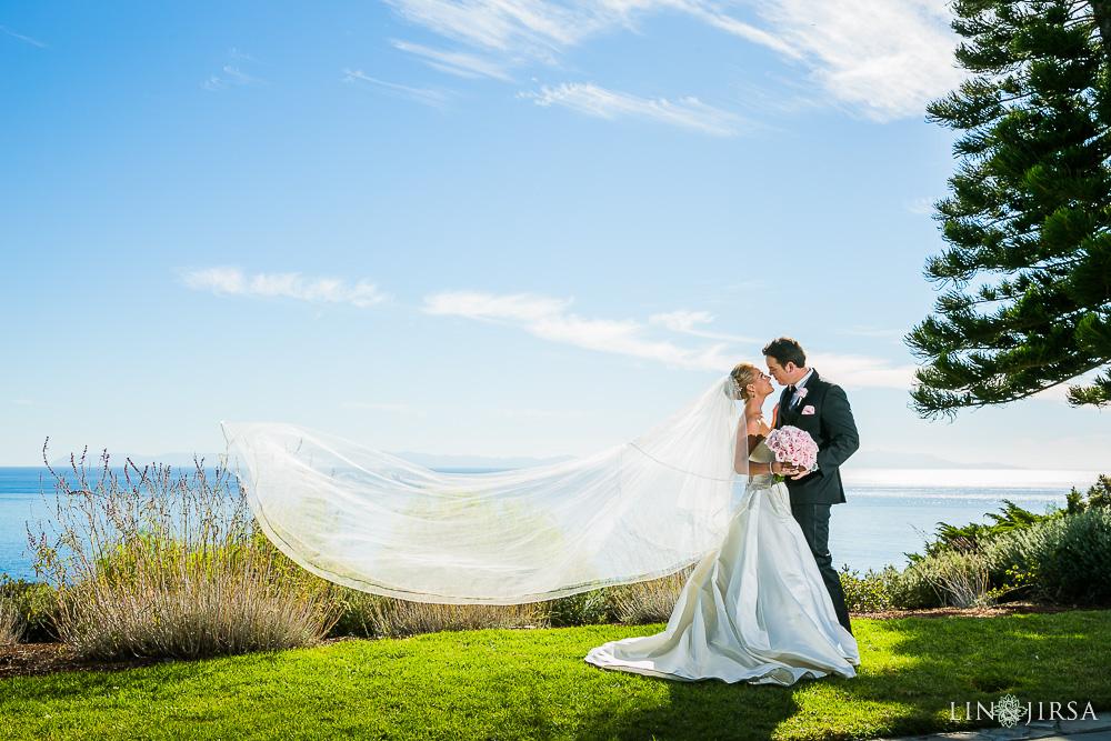 13-wayfarers-chapel-wedding-photographer