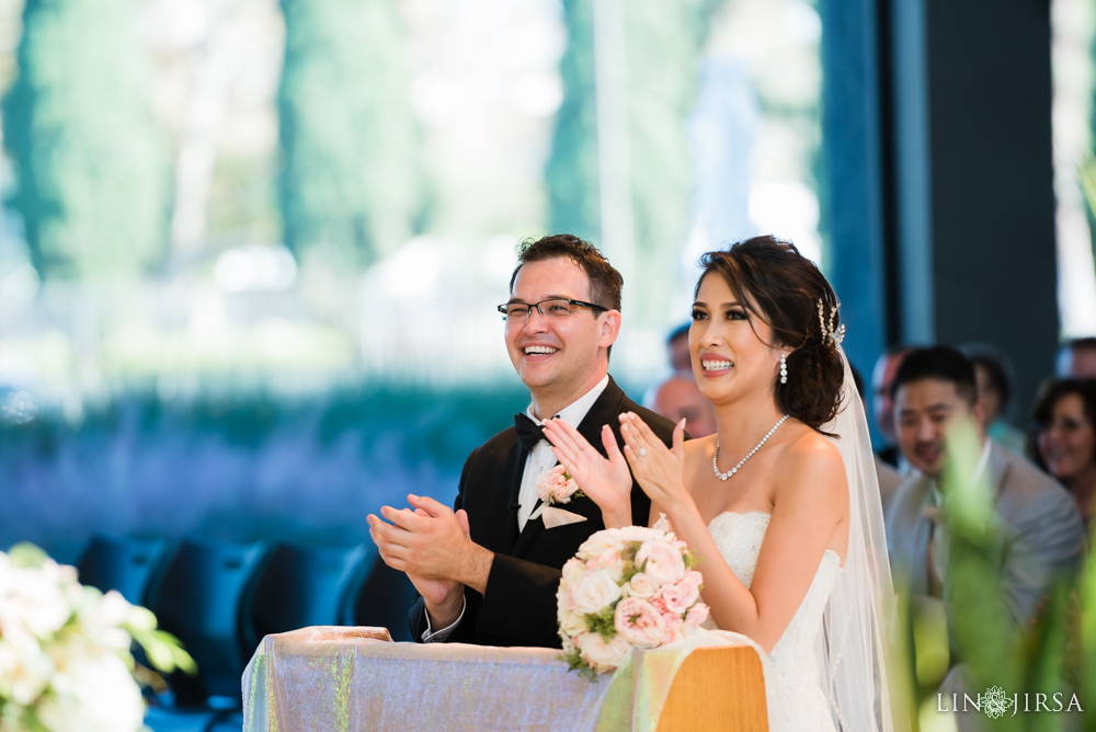17-crystal-cathedral-wedding-photographer