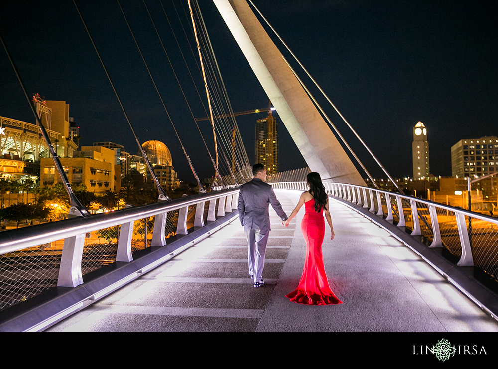 21-downtown-san-diego-engagement-photography