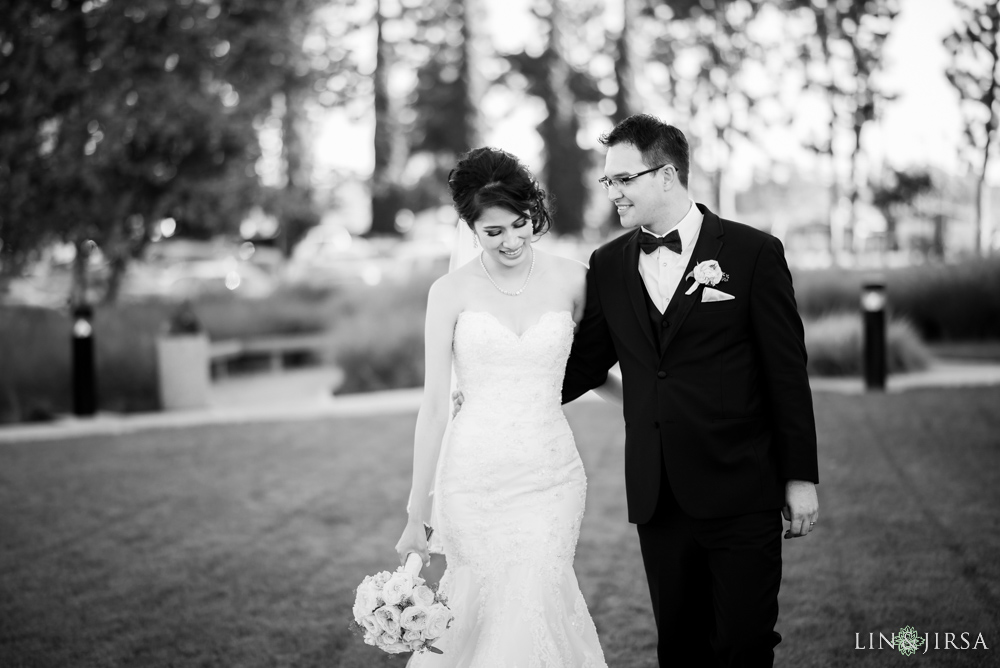 22-crystal-cathedral-wedding-photographer