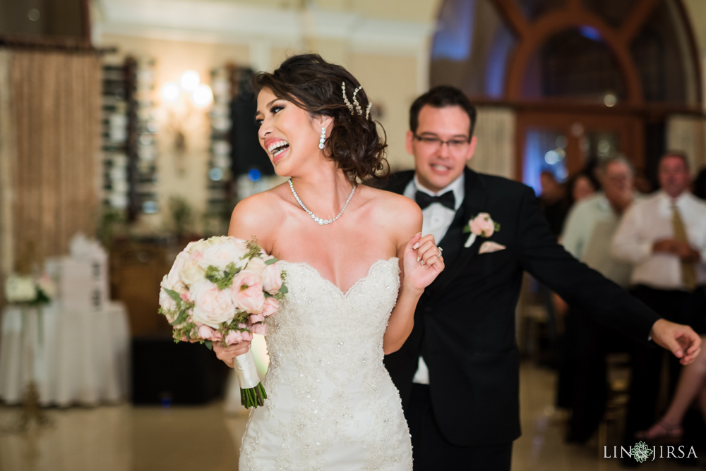 29-crystal-cathedral-wedding-photographer